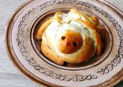 Ukrainian old tradition to welcome warmth bake birds made of wheat handmade food authentic recipe etnocook lilia tiazhka lilka sky
